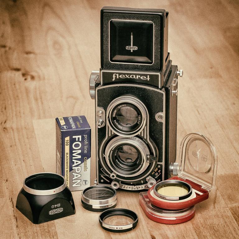 Flexaret film camera