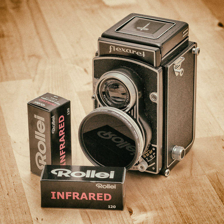 Flexaret Standard camera and Rollei Infrared film